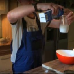 Crêpes-Zubereitung aus erster Hand – ein Franzose erklärt den Zauber