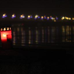 Lāčplēša Diena – Riga im Kerzenschein