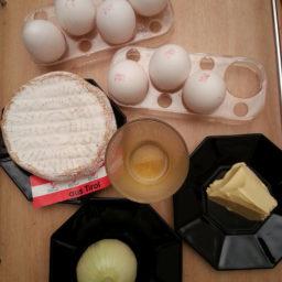 Tiroler Omelett mit Camembert-Bier-Aufstrich