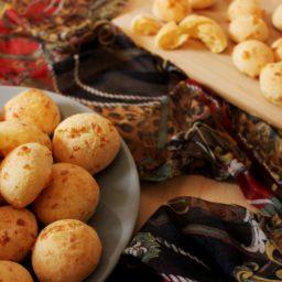 Pão de Queijo – Brasilianische Käsebällchen