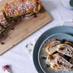 Ungarischer Diós-Bejgli – Ostergebäck mit Walnüssen und Rosinen