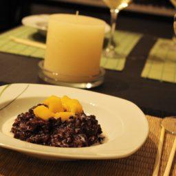 Blogevent Black & White: Schwarzer Klebreis mit Kokosmilch und Mango