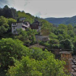 Ein nicht mehr verlassenes Dorf: Kosovo, Bulgarien