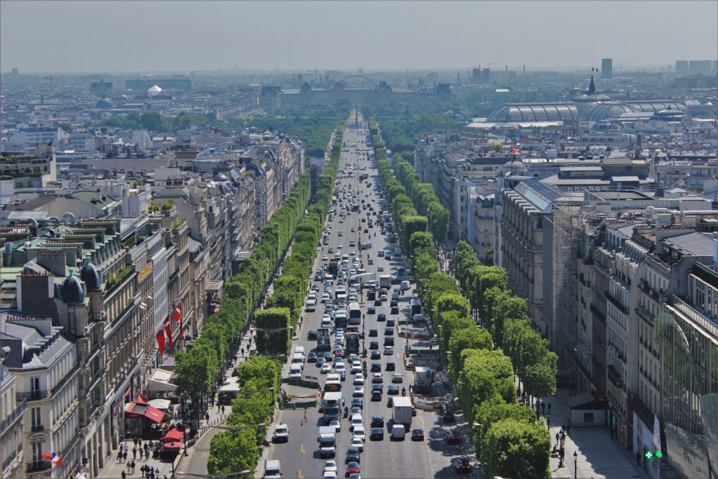 ReiseSpeisen Paris Frankreich Blick vom Triumphbogen